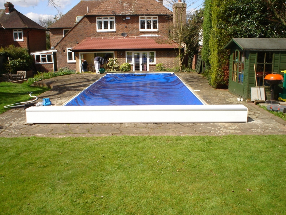 aquamatic swimming pool safety covers